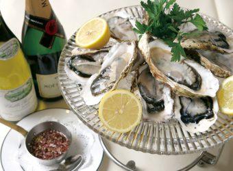 本格的なフランス料理、季節のアラカルト